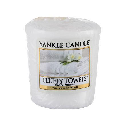 Yankee Candle Fluffy Towels vonná svíčka 49 g